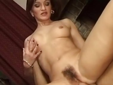 Hot mom pornstar is banging so freaking loud