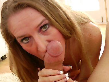 Small-tit blonde Sara James is sucking a big dick