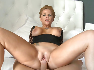 Nick Moreno fuck with spicy blonde Sabrina Moon
