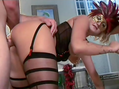 Staci Thorn loves anal and doggy style
