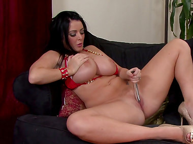Big-tit Sophie Dee plays with that cute stick