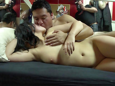 Gerardo penetrates natural beauty Victoria