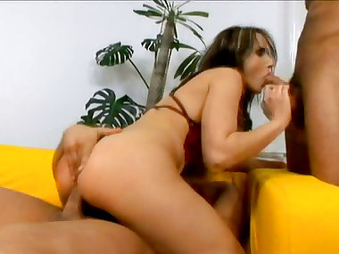 Anal sex with a dark-haired babe Andy Brown