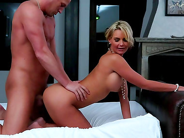 Busty mommy Phoenix Marie being banged in her anal