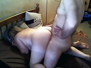 Mom bent over Julieann from kinkyandlonelycom