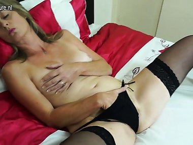 Lynetta from onmilfcom - Hairy british mom playing with her