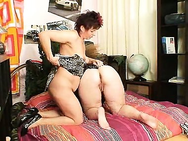Czech big tits blonde Milf gets kinky with pervy redhead mom