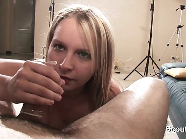 German Step-Daughter in privat SexTape with Friend of Mom