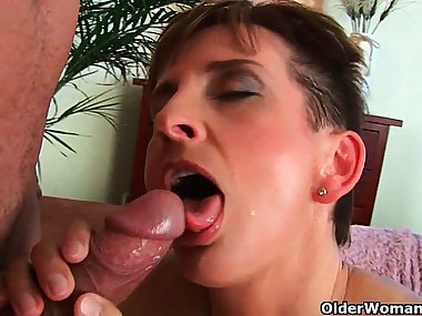 You can cum in mom's mouth