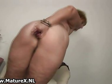 Old horny mom is sticking big violet part6
