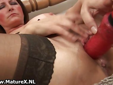 Dirty old mom in sexy lingerie fucking part5