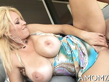 Muff licking and crazy riding is what this horny mom needs