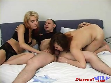 Russian mature mom in threesome 07