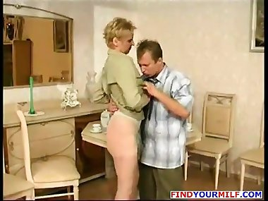 Russian Amateur Mom Goes Wild 08