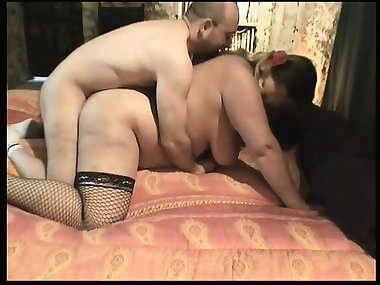 Naughty Mom from Milfsexdating.net