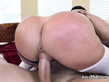 Kinky Mom Julianna Vega Gets Handled By Strong Trainer