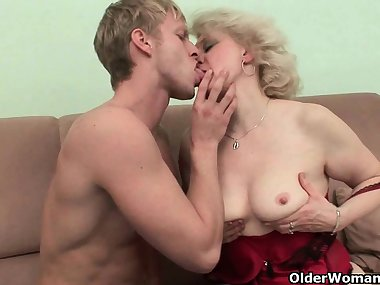 Mom has got this burning desire for fresh cum