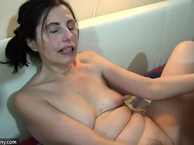 OldNanny Too old mom masturbate with dildo with young Girl