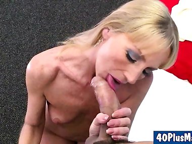 sexy divorced mom enjoys a porn shoot