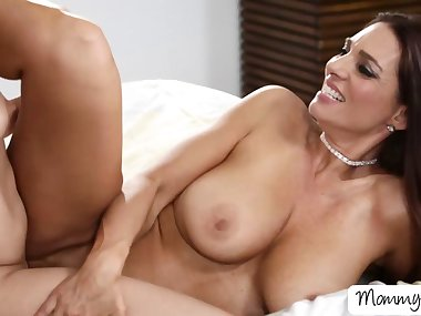 Mom Mindi licks and fingers Lucys pussy