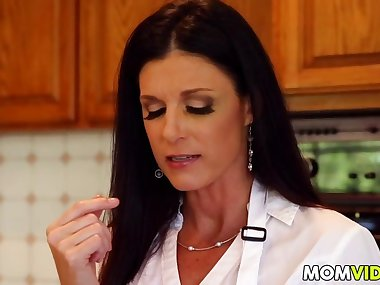 stepmom india summer seducing stepdaughter kacy lane film video 1