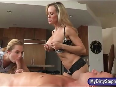 Huge boobs stepmom nasty threeway action on massage table