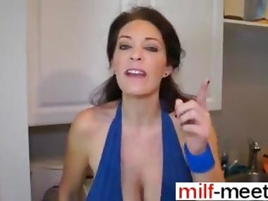 Sexy milf on her knees where she belongs sucking dick