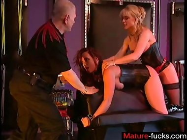 Nina has a nasty bdsm session