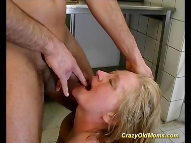mom loves extreme sex