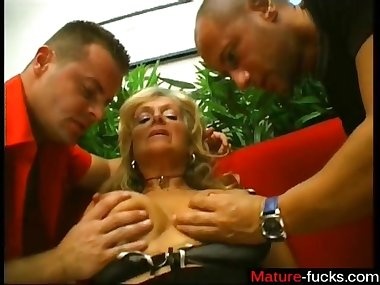 Blonde cougar takes on two young pervs with her poor old pussy