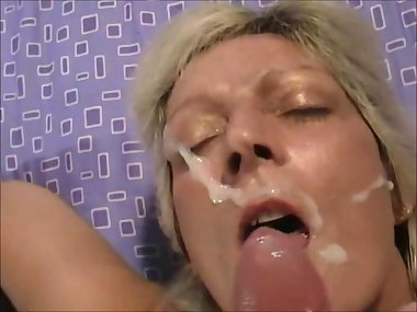 Naughty Blonde MILF Facial cumshot POV