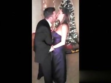 wife getting fucked under the tree in an amateur footage
